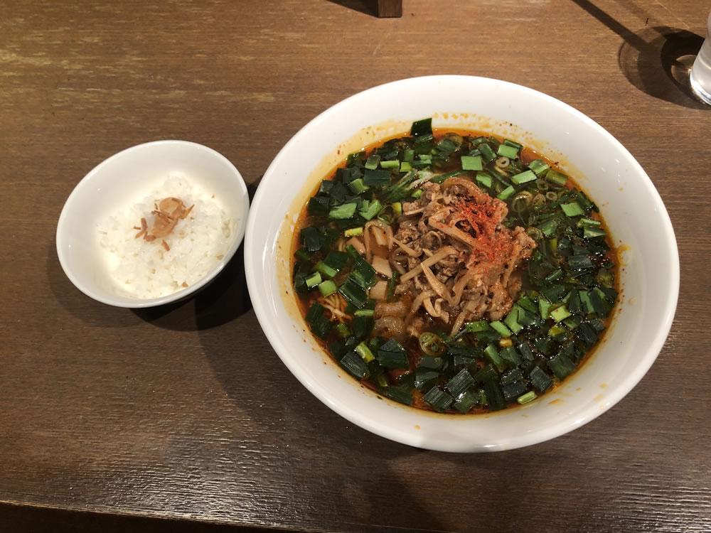 大阪・梅田 「ダイキ麺」 台湾ラーメン
